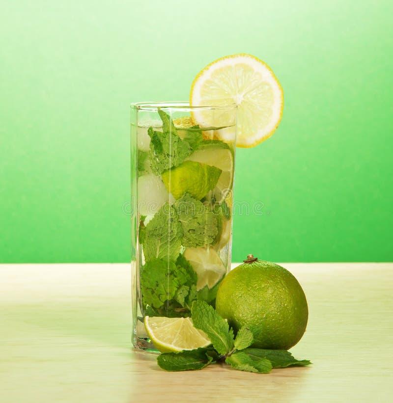 Il vetro del cocktail immagine stock libera da diritti