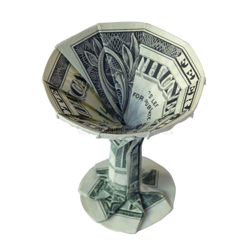 Il VETRO di Martini di origami dei soldi ha piegato con l'un dollaro reale Bill Isolated White Background fotografia stock libera da diritti