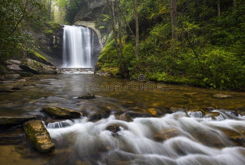 Il vetro di sguardo cade cascate del nord di Carolina Blue Ridge Parkway Appalachian fotografia stock