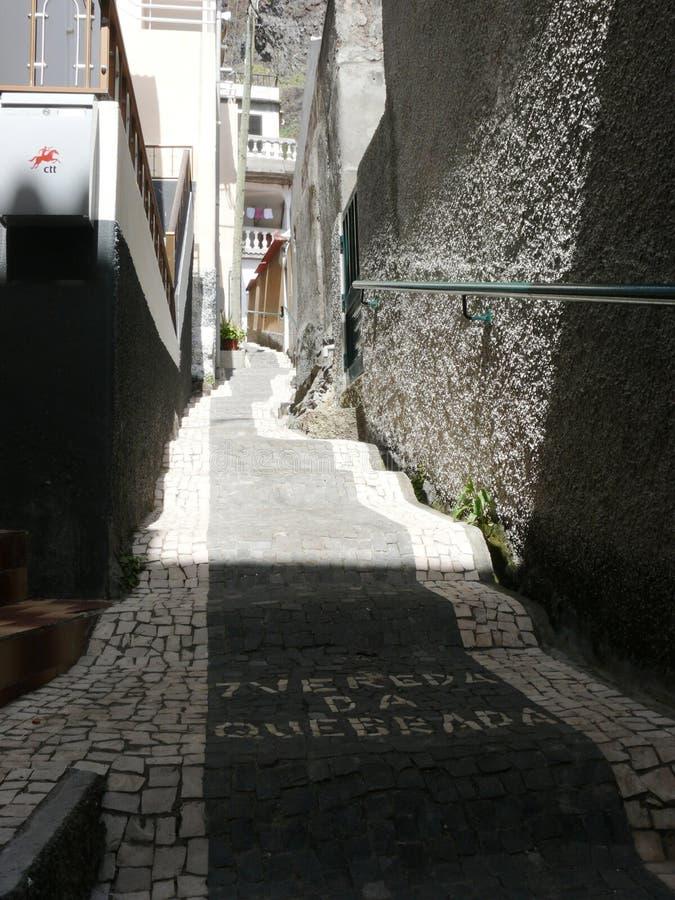 Il vicolo tipico di Paul guasta decorato con la rosetta del mosaico fotografia stock