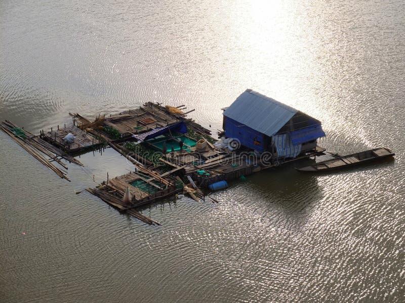 Il Vietnam domestico di galleggiamento immagine stock libera da diritti
