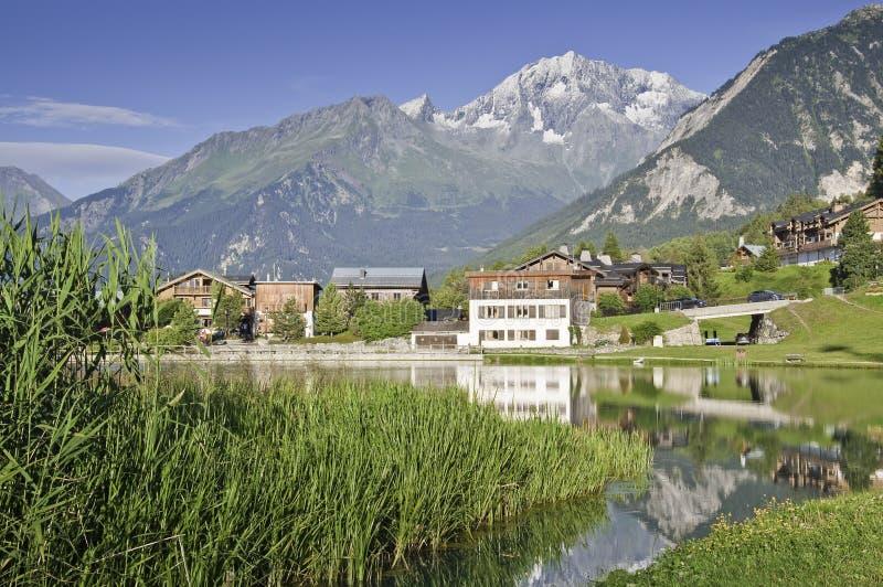 Il villaggio di Le Praz, vicino al Vanoise NP fotografie stock