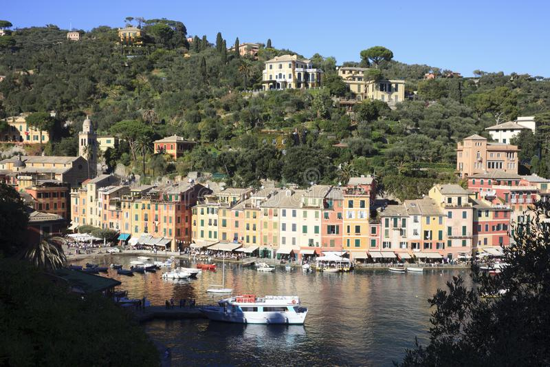 Il villaggio famoso di Portofino, Genova, Liguria, Italia immagine stock