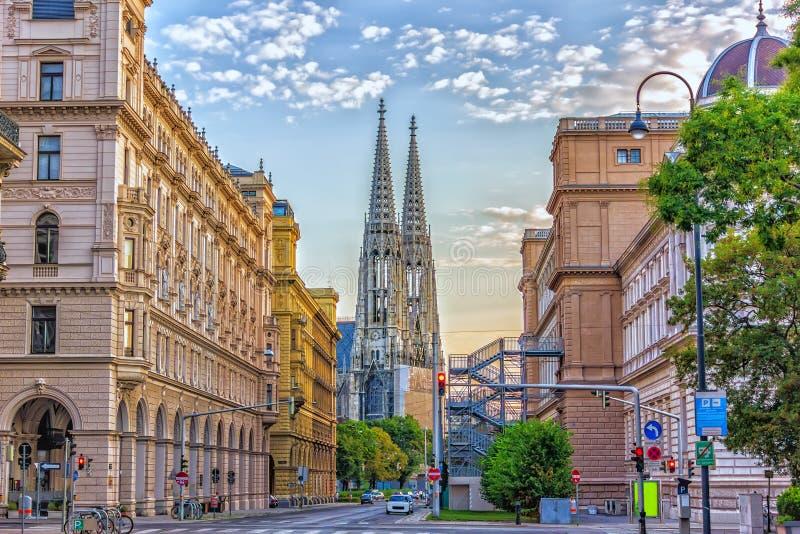 Il Votivkirche nel centro di Vienna, Austria fotografie stock