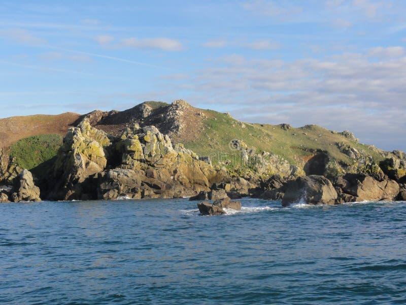 Ile辅助oiseaux是一个小海岛在不列塔尼-法国 库存图片