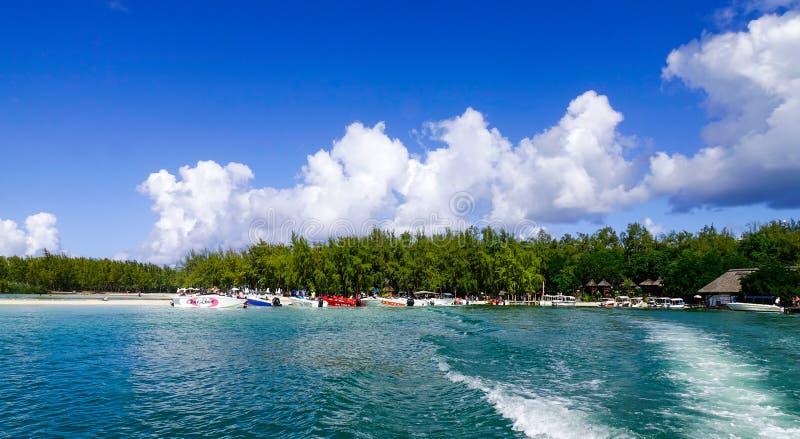 Ile Cerfs czasu wolnego aux wyspa, Mauritius fotografia royalty free