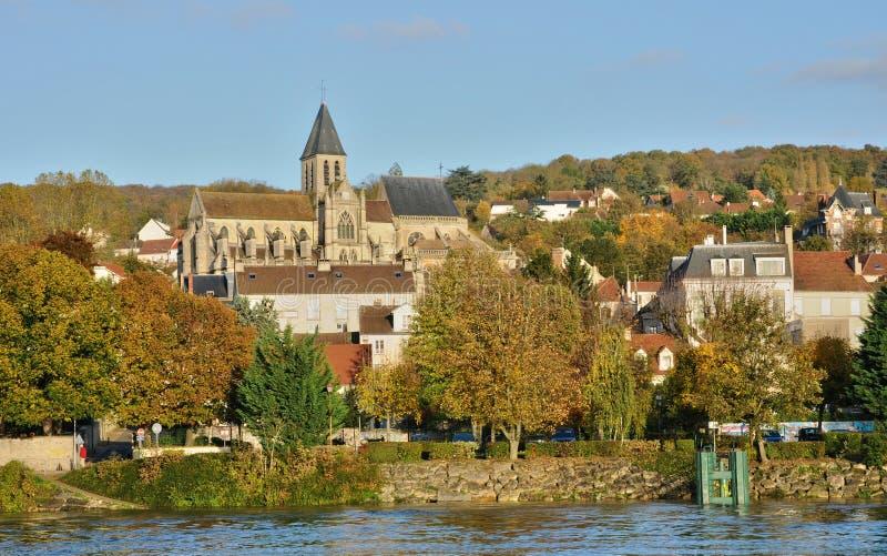Ile de France stad av Triel sur Seine arkivfoto