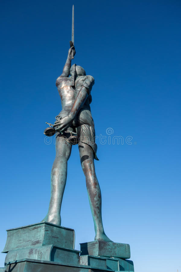 ILFRACOMBE, DEVON/UK - 19 OKTOBER: Mening van Verit van Damien Hirst royalty-vrije stock foto's