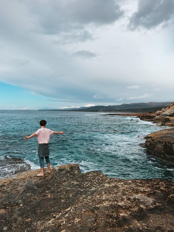 Ilha bonita no mar Mediterrâneo imagem de stock