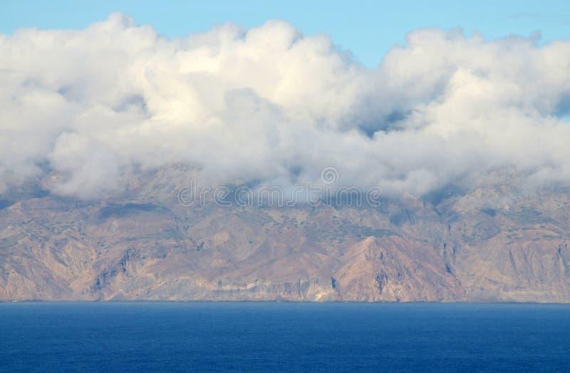 Ilha DA Brava y nubes fotografía de archivo