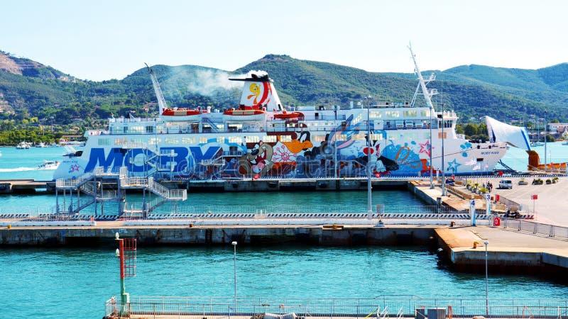 Ilha da Ilha de Elba, porto, navios, barcos, mar, em Itália, Europa imagem de stock