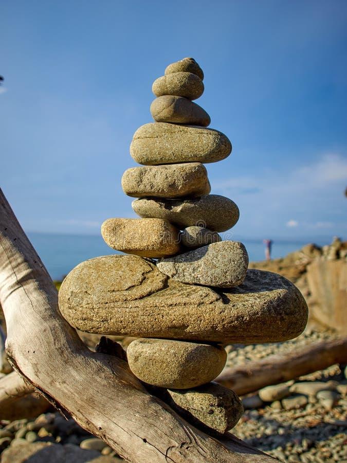 Ilha de Bruny - monte de pedras da rocha fotografia de stock