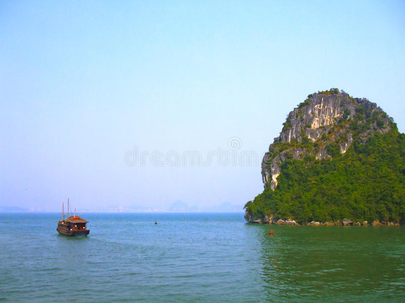 Ilha de Cat Ba imagem de stock royalty free
