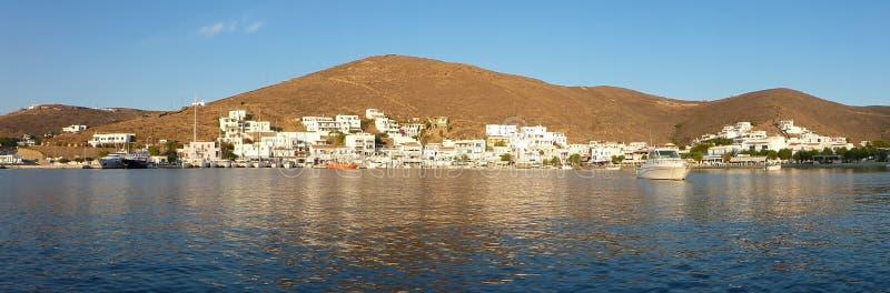 Ilha de Kythnos da vila de Merichas, Cyclades, Grécia, Europa imagem de stock
