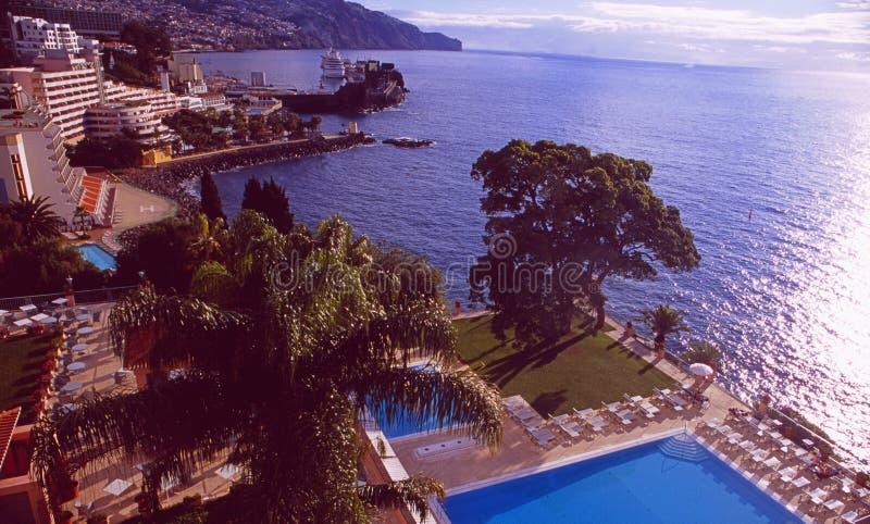 Ilha de Madeira: A associação do palácio de Reid do hotel de luxo em Funchal sobre imagem de stock royalty free