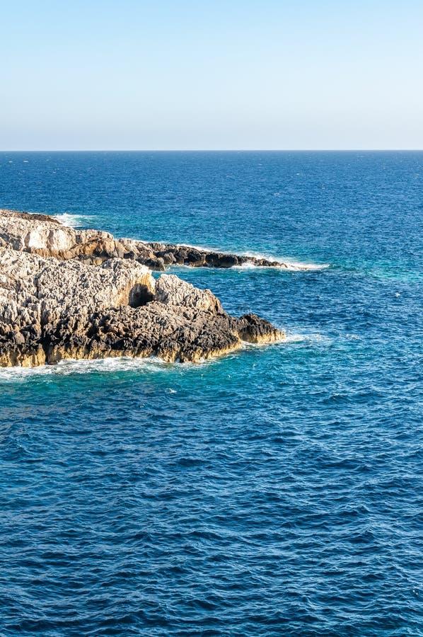 Ilha de Zakynthos, Gr?cia Uma p?rola do mediterr?neo com as praias e as costas apropriadas por feriados inesquec?veis do mar fotos de stock royalty free