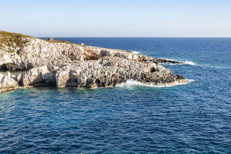 Ilha de Zakynthos, Gr?cia Uma p?rola do mediterr?neo com as praias e as costas apropriadas por feriados inesquec?veis do mar imagens de stock