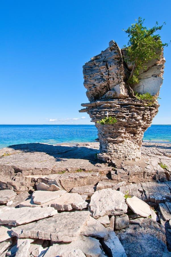 Ilha do vaso de flores no Lago Huron imagens de stock