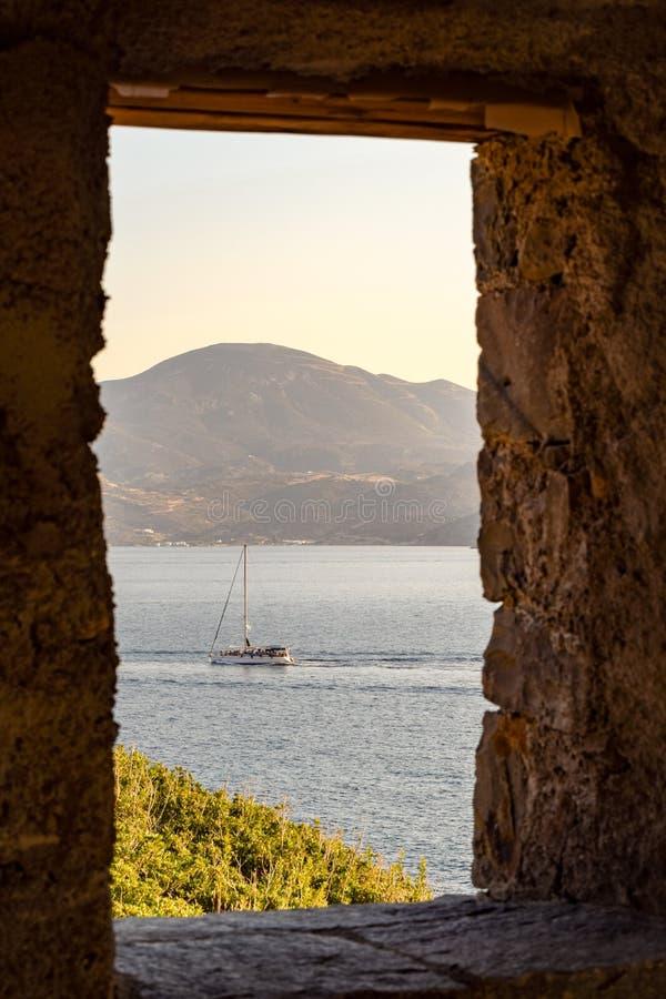 A ilha dos Milos foto de stock royalty free