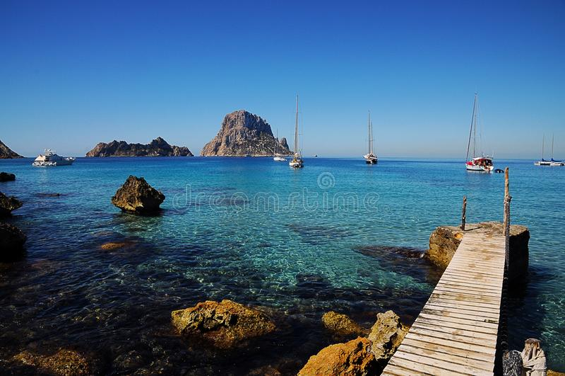 A ilha Es Vedra da rocha fotografia de stock