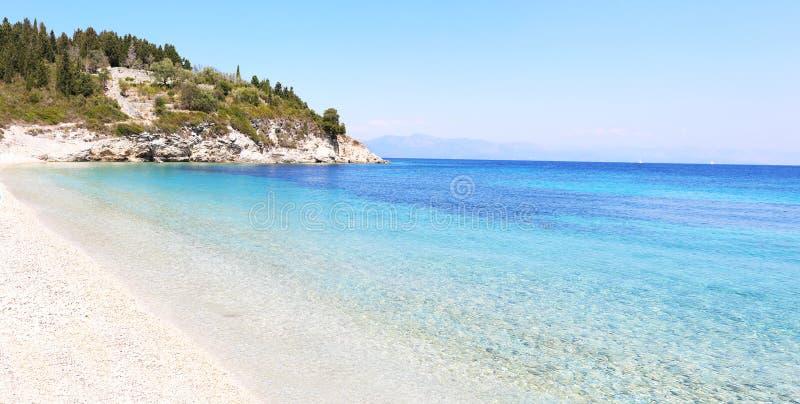 Ilha Grécia de Paxos da praia de Kipiadi imagem de stock royalty free