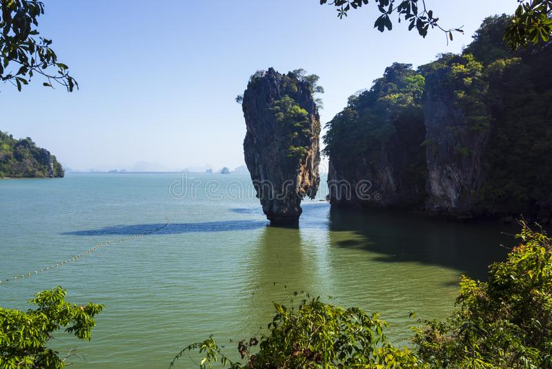 Ilha Ko Tapu - James Bond Island de Skaramanga, Tailândia imagem de stock royalty free