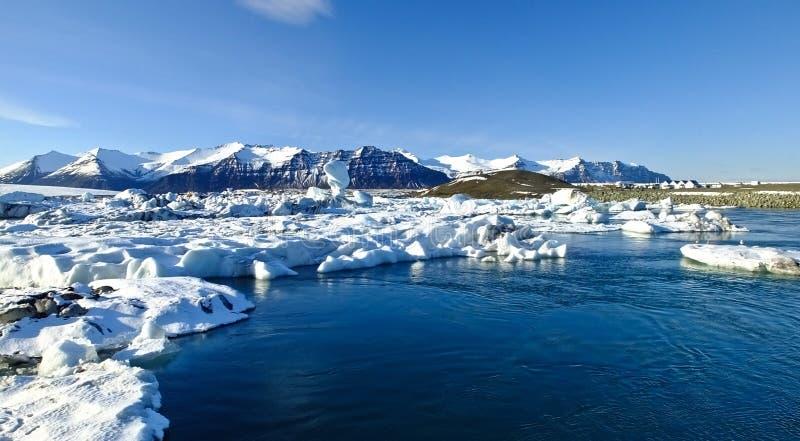 Ilha, lagoa da geleira fotografia de stock royalty free