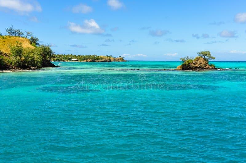 Download Ilha Pequena Perto Da Ilha De Nacula Em Fiji Imagem de Stock - Imagem de azul, verão: 80100665