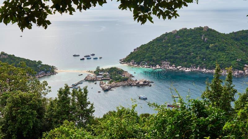 Ilha pequena perto de Ko Tao foto de stock royalty free