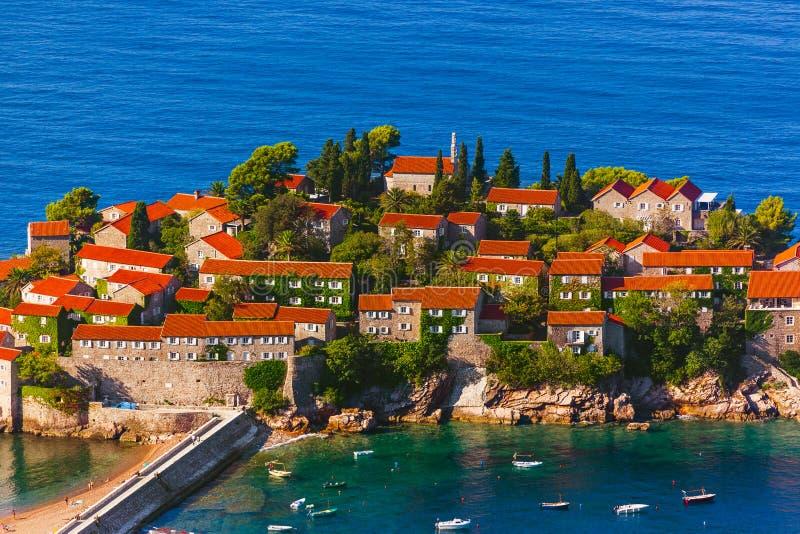Ilha Sveti Stefan - Montenegro imagem de stock
