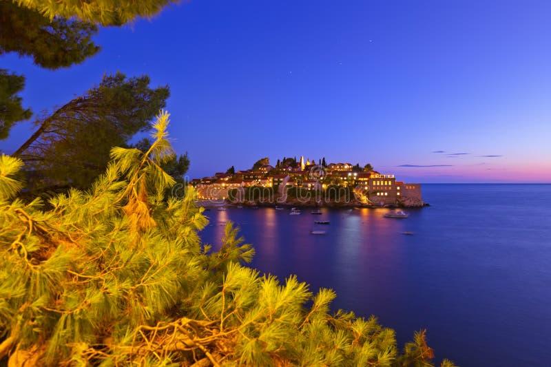 Ilha Sveti Stefan - Montenegro imagens de stock royalty free