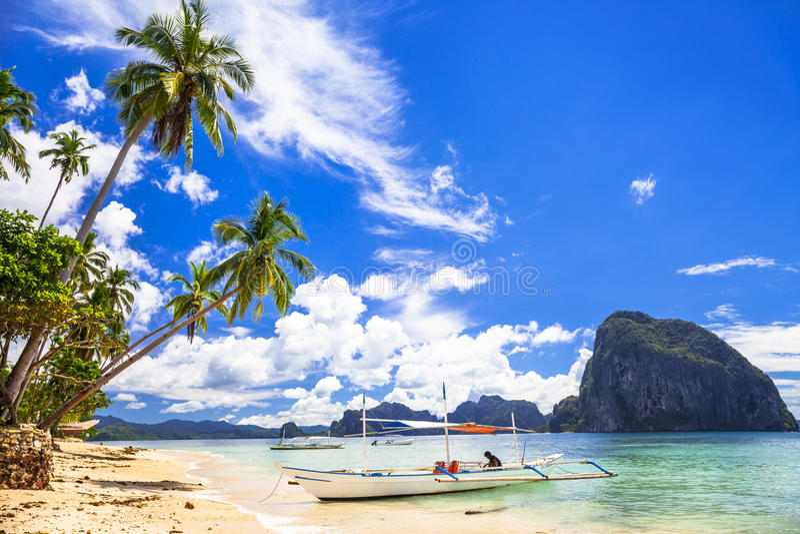 Ilhas bonitas de Filipinas foto de stock royalty free