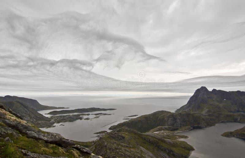 Ilhas de Lofoten, Noruega, montanha de Narvtinden imagem de stock royalty free