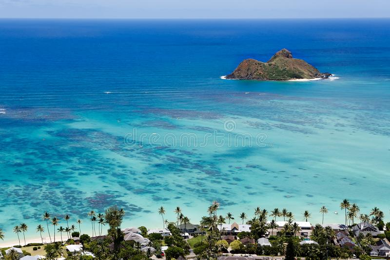 Ilhas do ` s Mokulua de Havaí no Oceano Pacífico imagens de stock