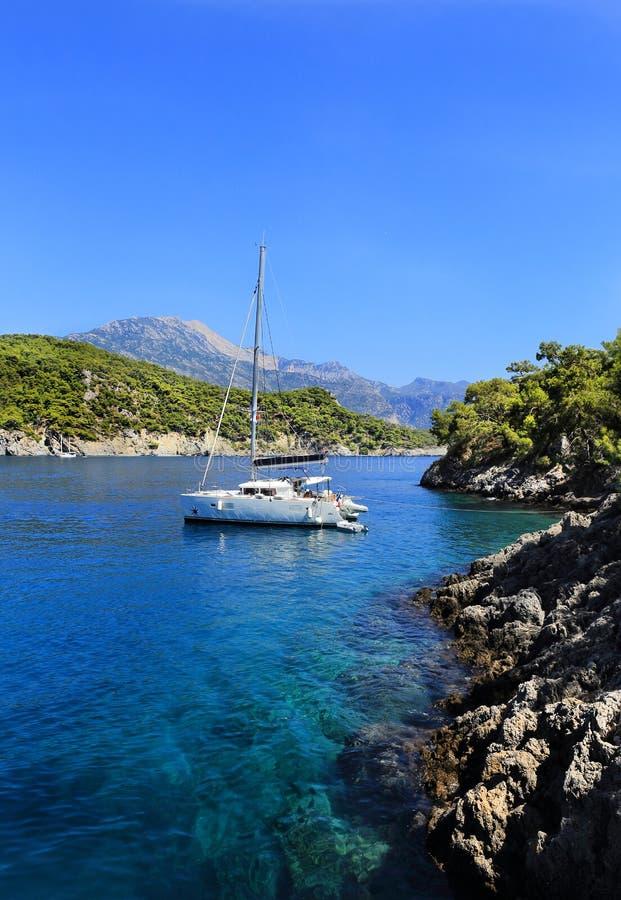 Ilhas na baía de Fethiye e no Oludeniz Turquia fotografia de stock royalty free
