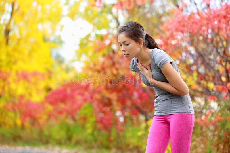 Illamående och sjuk dåligt löpare för rinnande kväljning - royaltyfria foton
