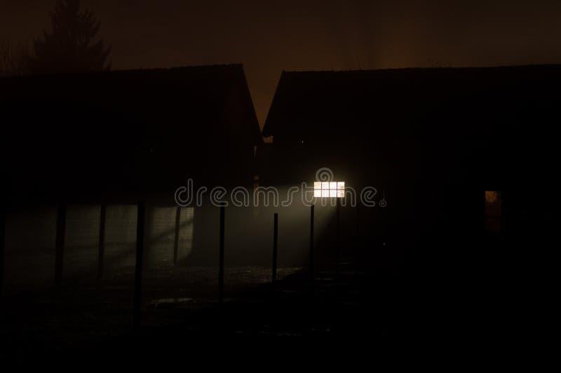 Illavarslande på nätterna arkivfoton