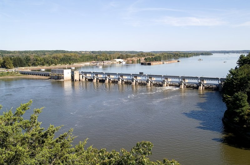 Download Illinois River Dam stock photo. Image of water, illinois - 4871022