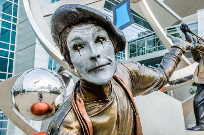 Illumina Art Sculptures, artista da mina, palhaço Pantomime imagens de stock royalty free