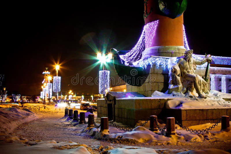 Download Illuminated Column With Sculpture Stock Image - Image: 12525057