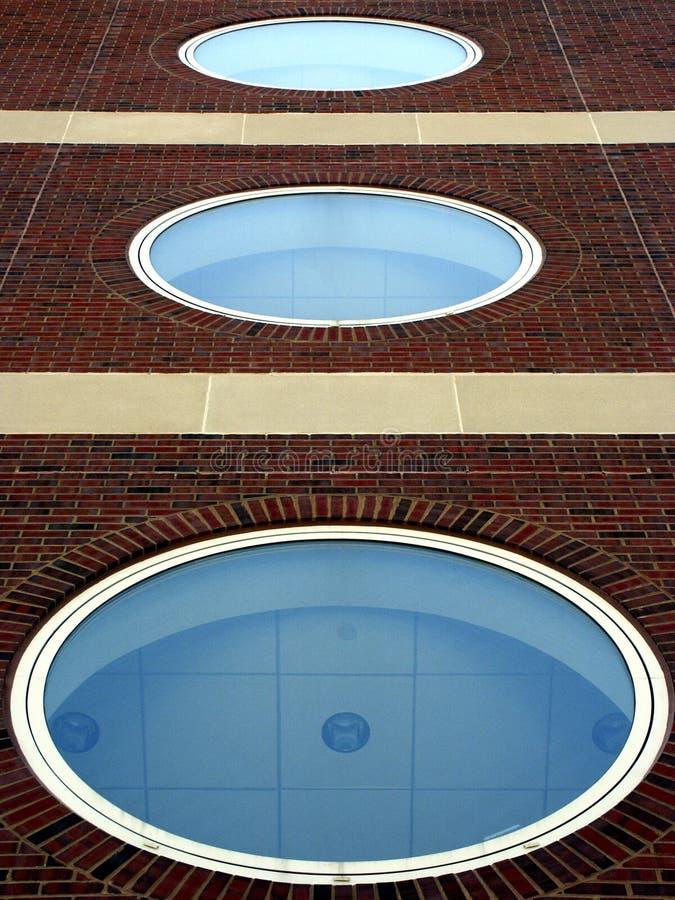 Download Illusione ottica immagine stock. Immagine di architettura - 213899