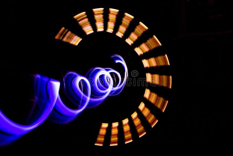 illustration 3D Lumi?res abstraites color?es sur le fond noir De la photographie de peinture l?g?re photo libre de droits