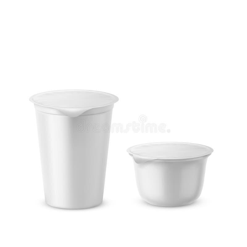 Illustration för plast- vektor för yoghurt realistisk vit förpackande av den isolerade behållaremodellen med räkningen vektor illustrationer