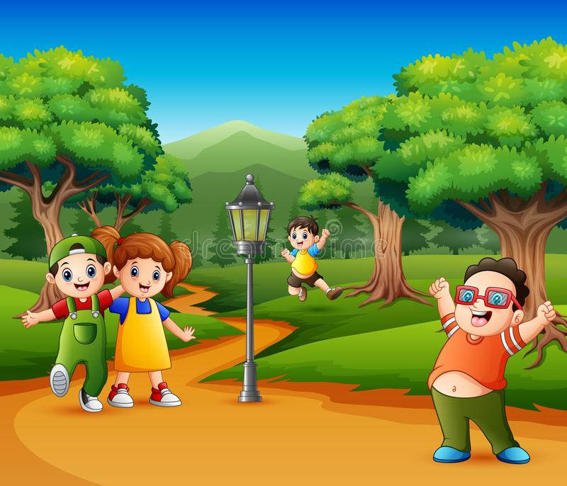 Children Playing At The Treehouse In The Garden Stock Vektor Art und mehr  Bilder von Aktivitäten und Sport - iStock