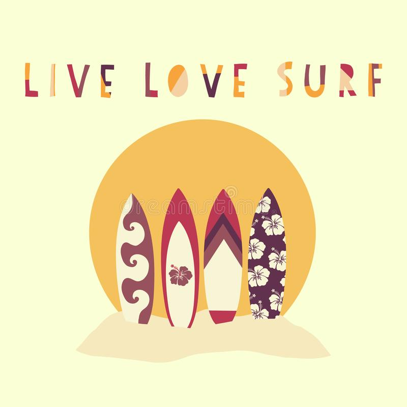 Illustration tirée par la main de vecteur de Live Love Surf Planches de surf devant le coucher du soleil de plage Slogan surfant  illustration libre de droits