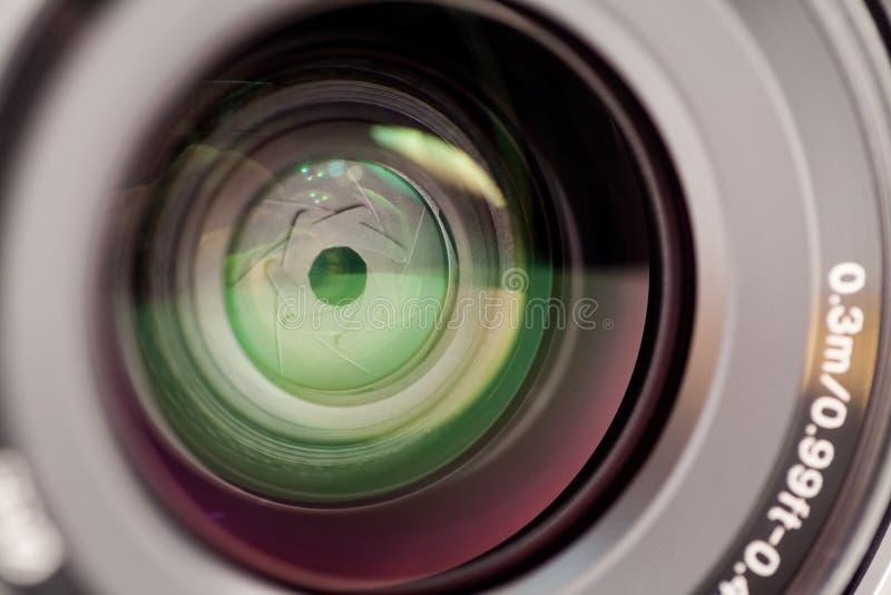 Illustrativa redaktörs- foto och detaljer av Sony a7 den mirrorless kameran arkivbilder