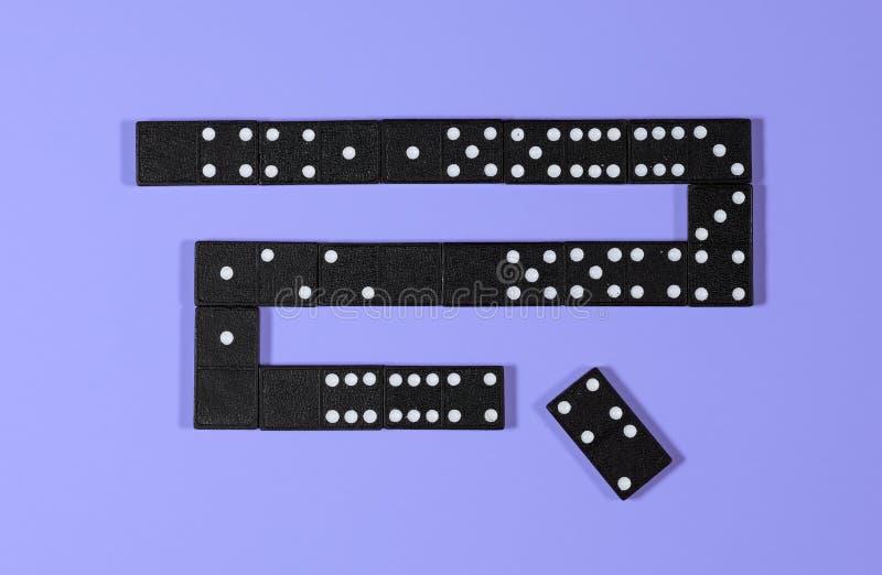 Illustraton ou schéma de blockchain avec des dominos image stock