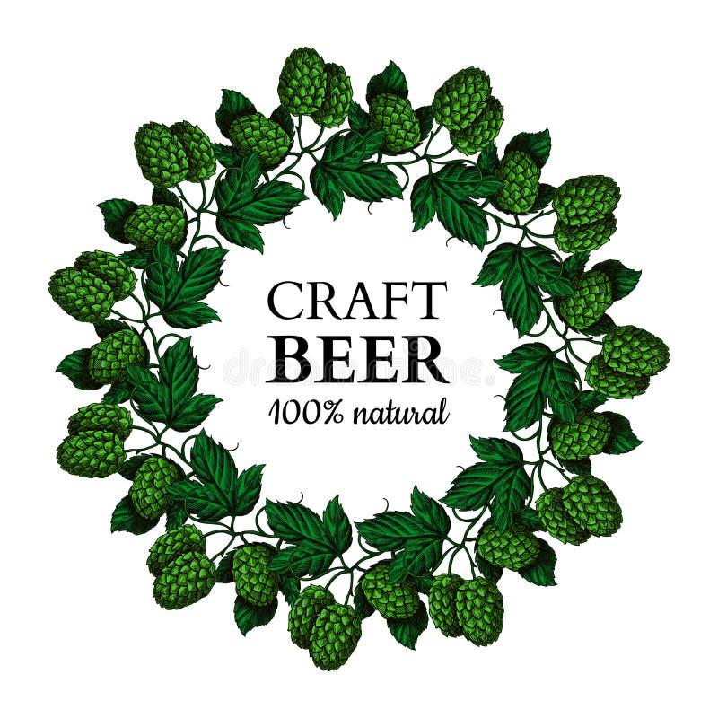 Illustrazione del disegno della corona di vettore della pianta del luppolo La birra nera disegnata a mano spera con le foglie sul illustrazione di stock