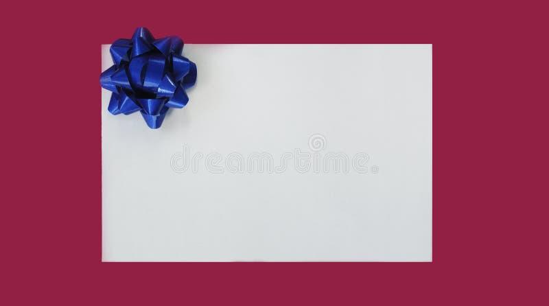 Illustrazione dell'arco blu di natale fotografia stock