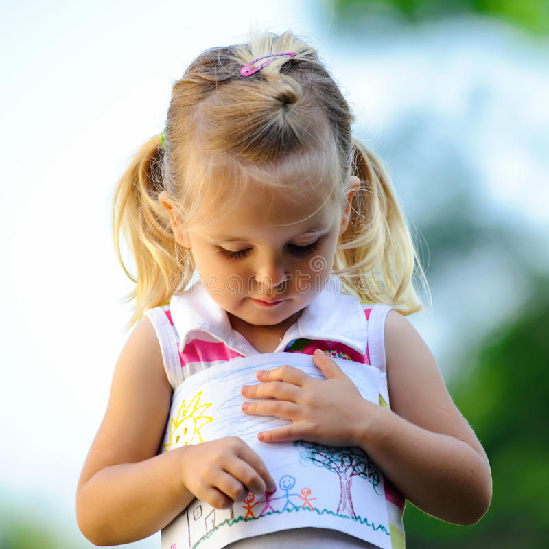 Illustrazione della holding del bambino immagini stock